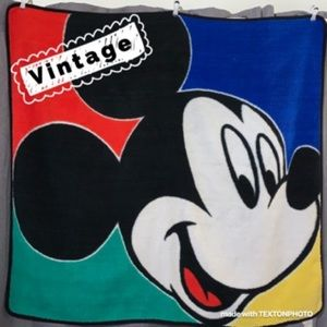 Vintage Mickey Mouse fleece throw